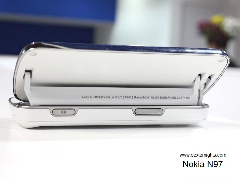 Nokia N97 white - dexternights Back view